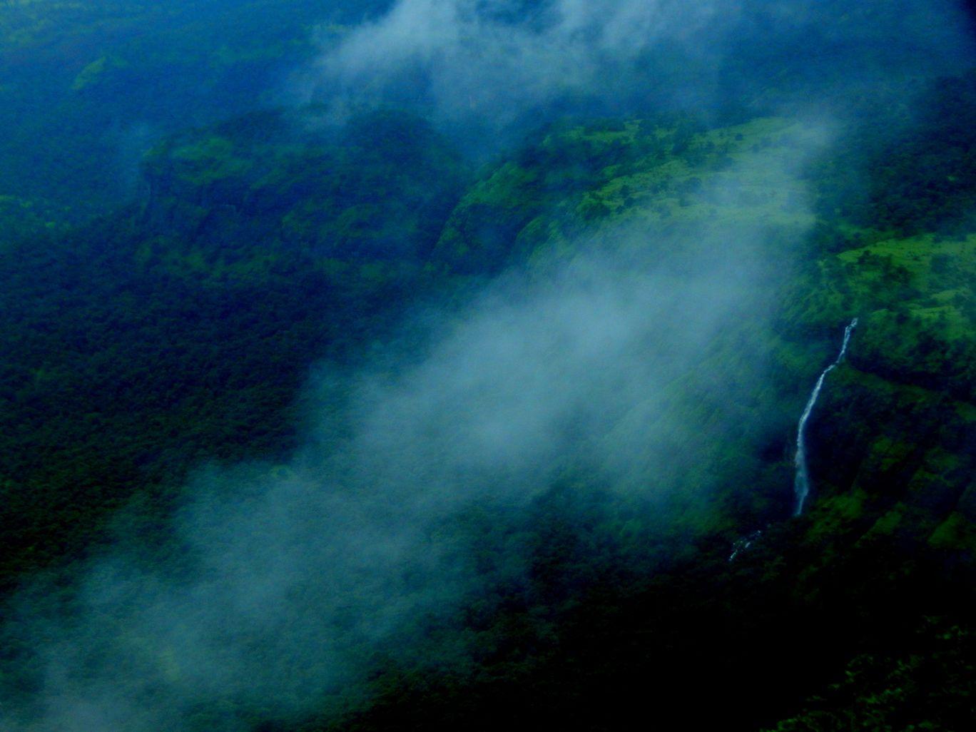 Photo of Lonavala By Mitesh Siddhpura