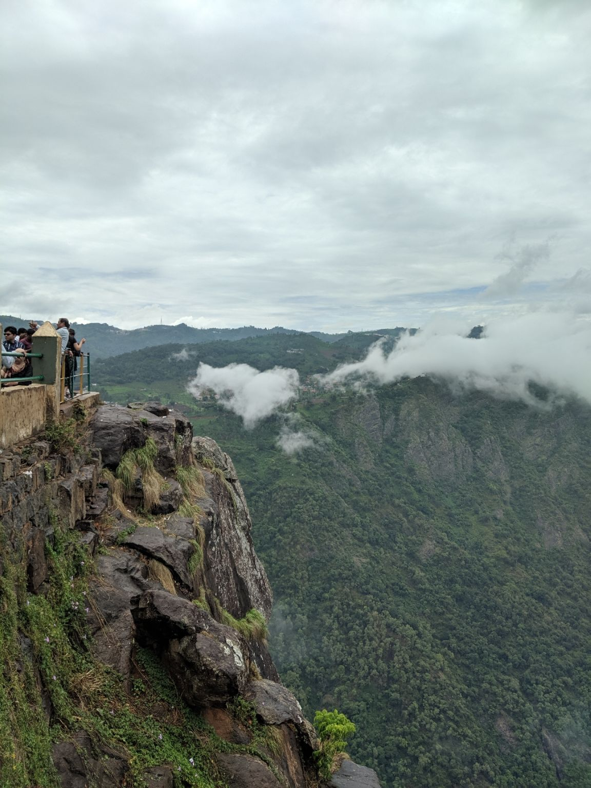 Photo of Dolphin Nose View Point By Mukul Mudgal