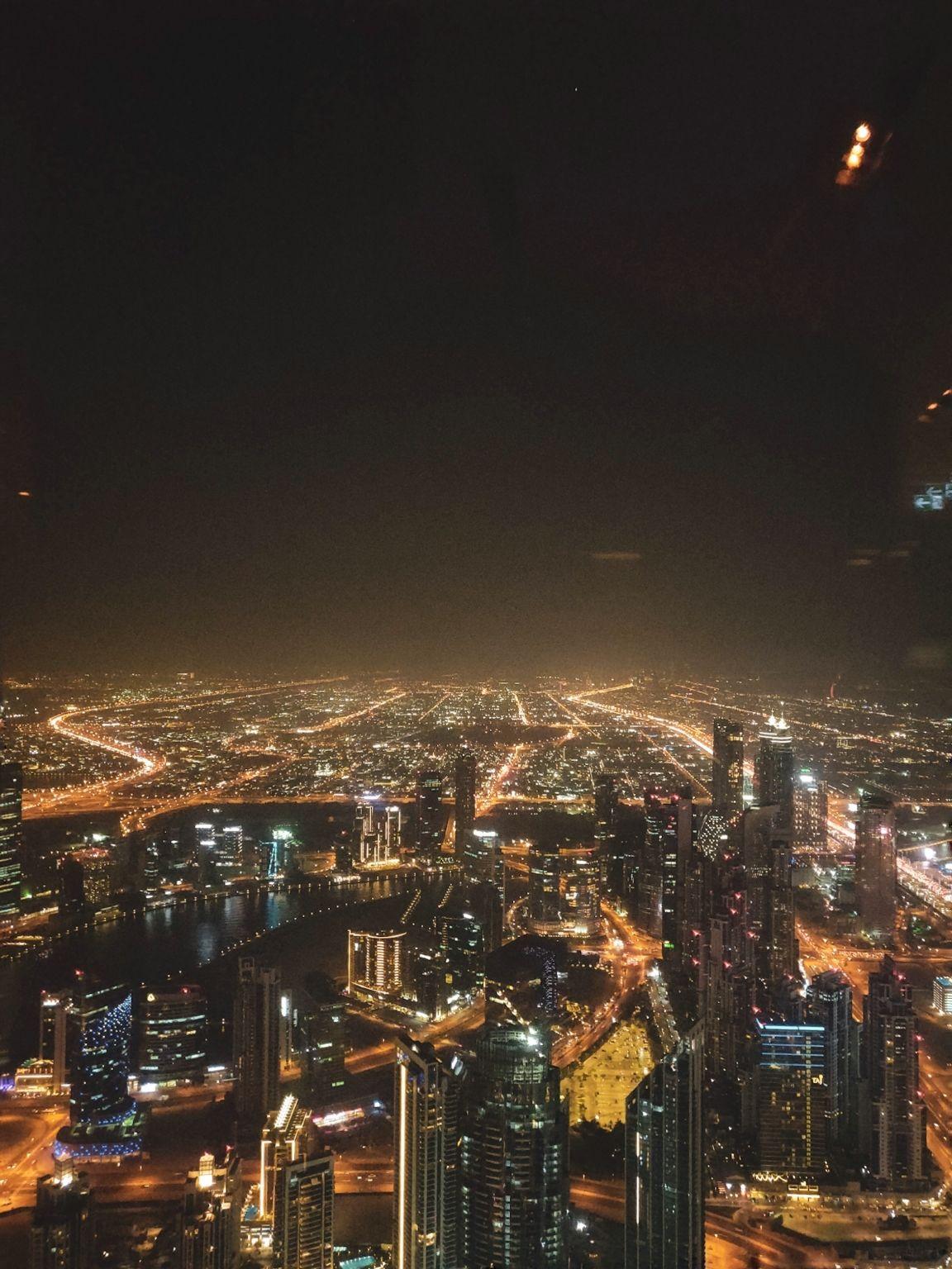 Photo of Burj Khalifa - Dubai - United Arab Emirates By Modi Shivangi