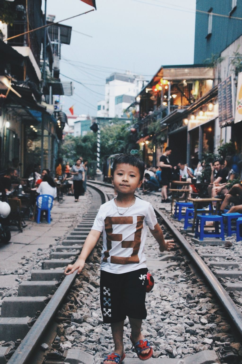 Photo of Hanoi Street Train By gautham padmanabhan