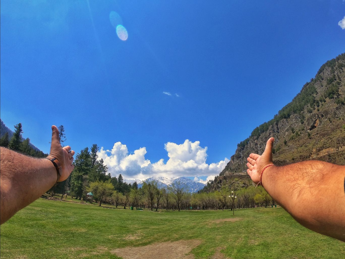 Photo of Aru Valley By Indiangopro. traveller