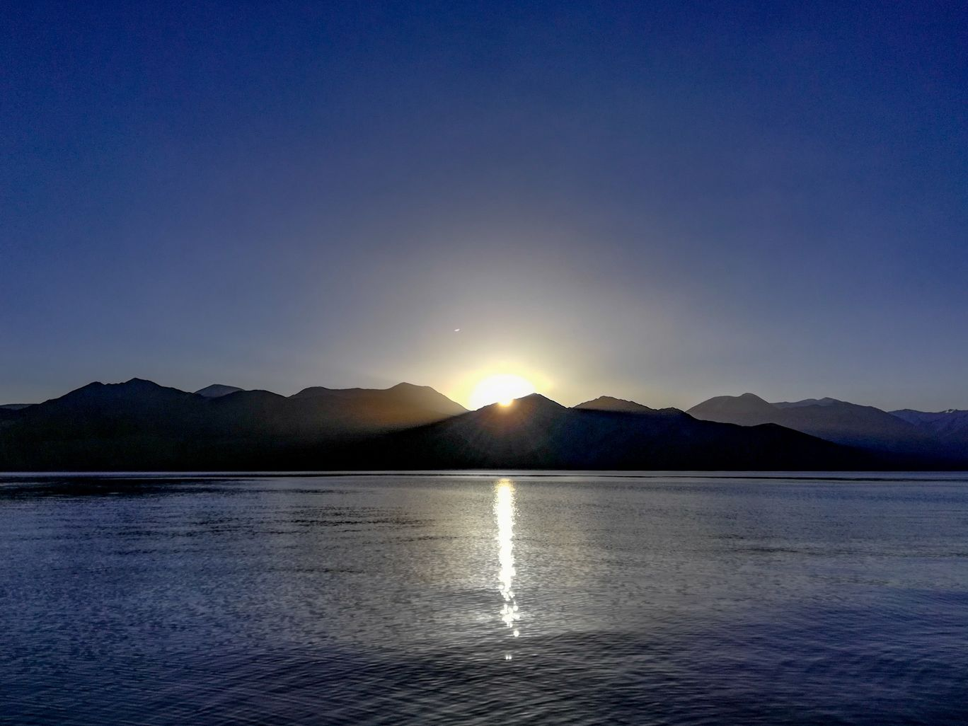 Photo of Pangong Lake By Vasu Devan M