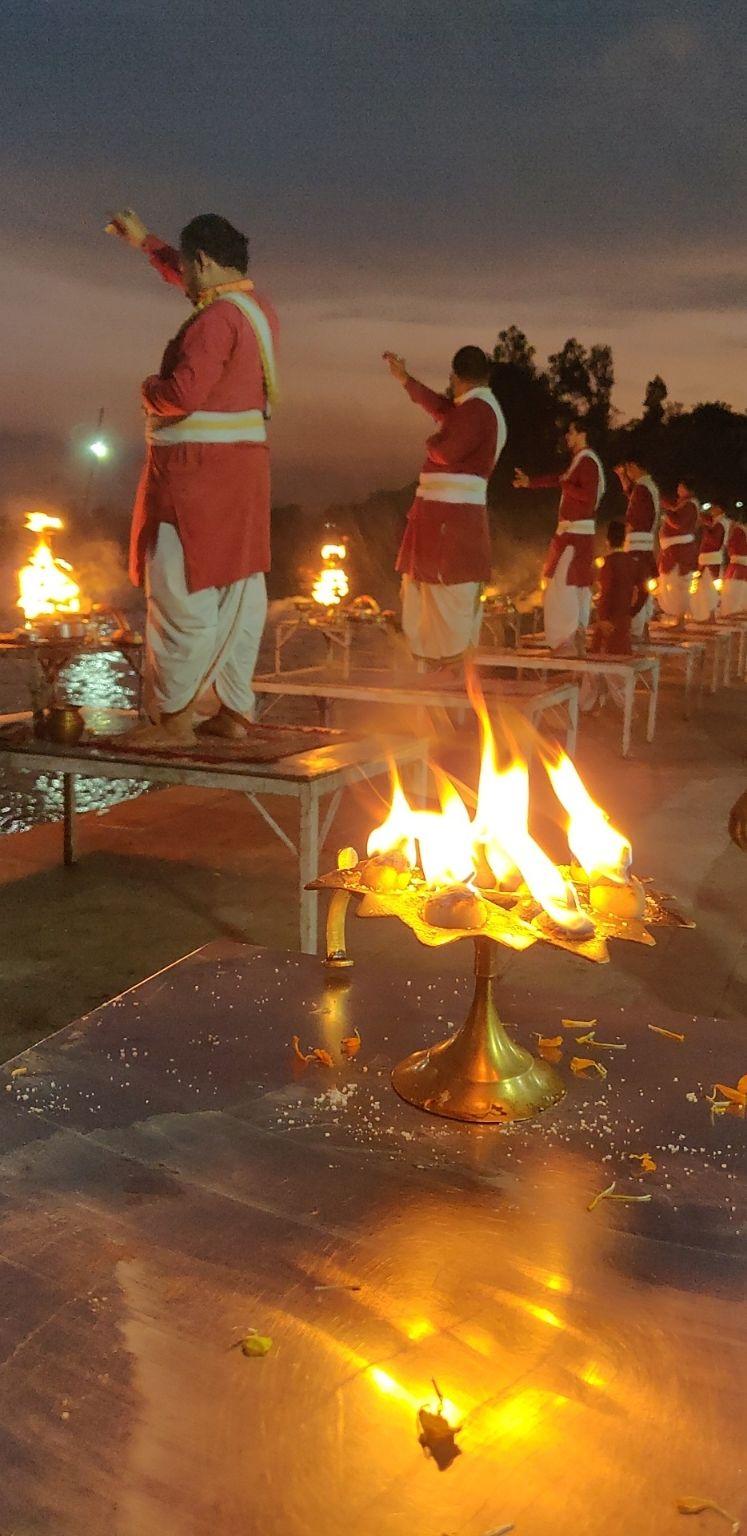Photo of Triveni Ghat By Prajakta Tambe