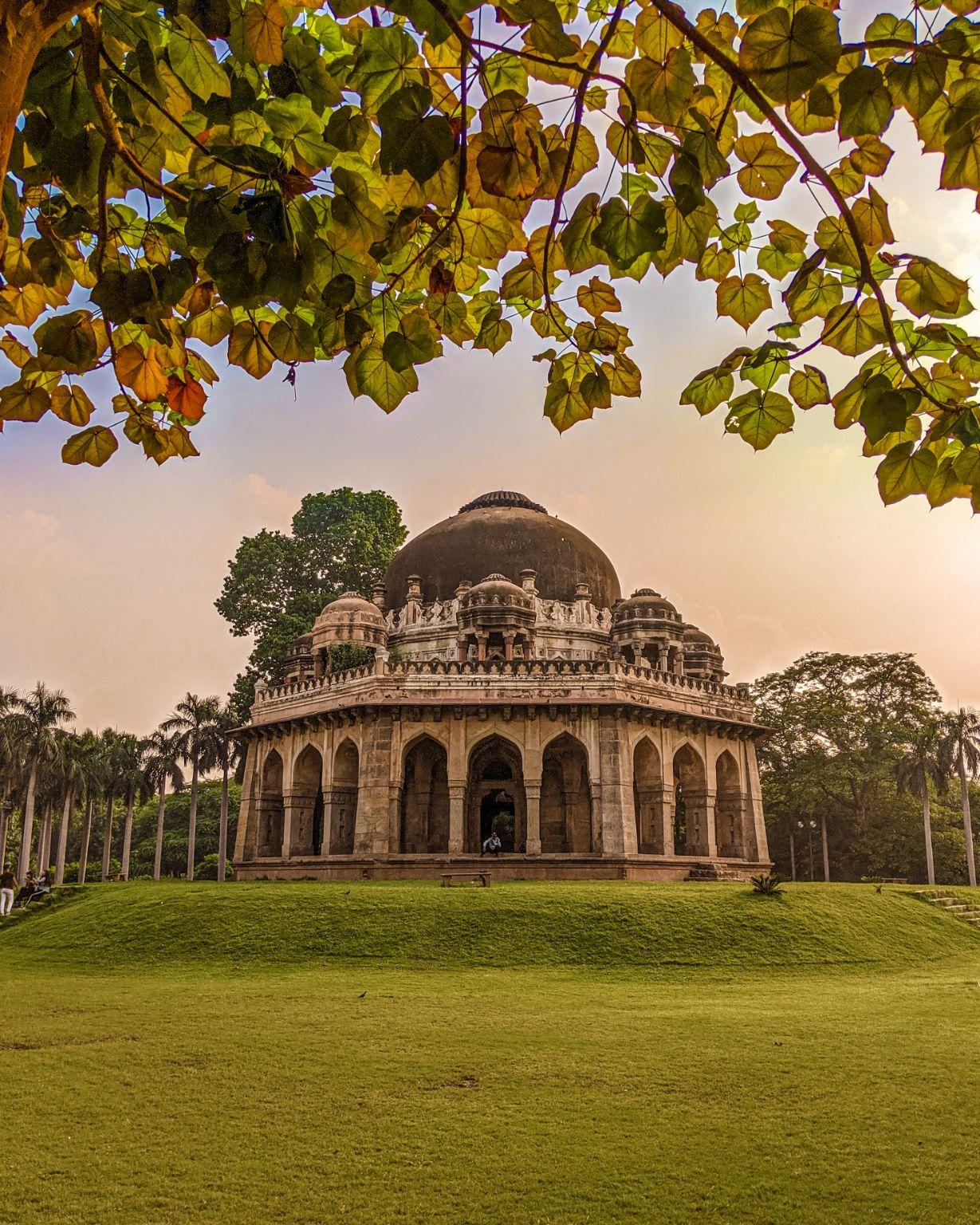 Photo of Lodhi Garden By fotosbyshadab
