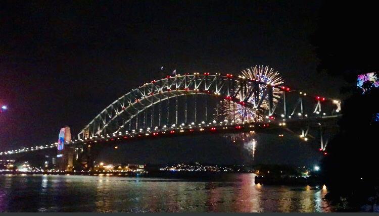 Photo of Harbour Bridge By Nishtha Khandelwal