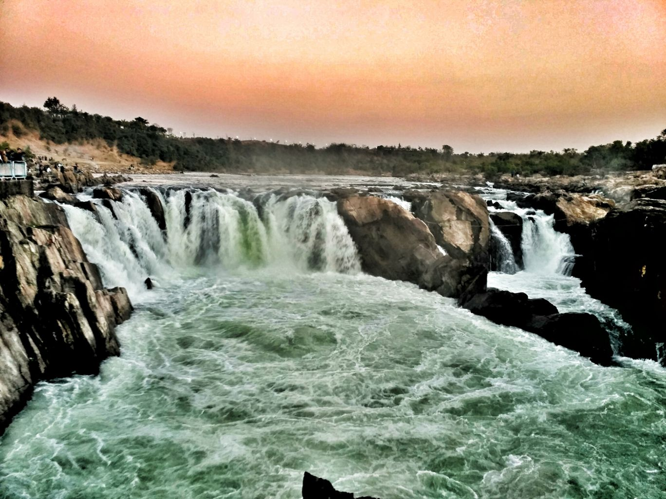 Photo of Dhuandhar Water Fall By Shubham Jain