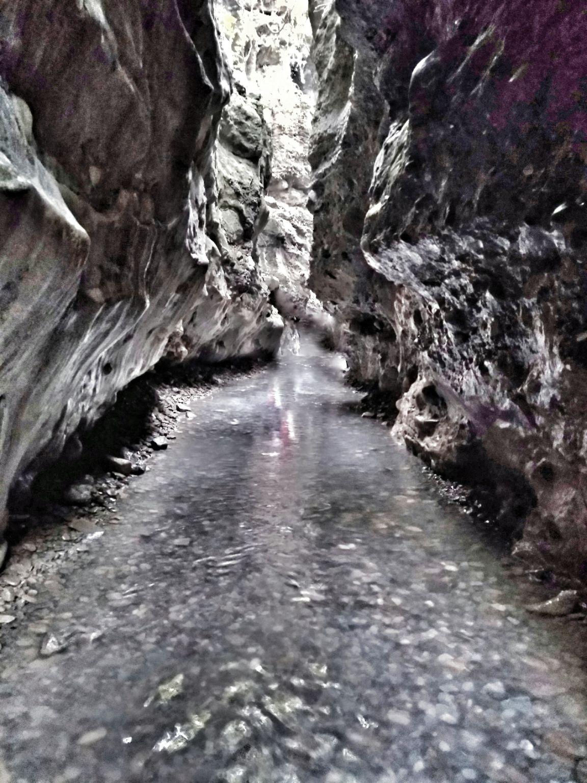 Photo of Robers Cave Guchhup Pani India By Shubham Jain