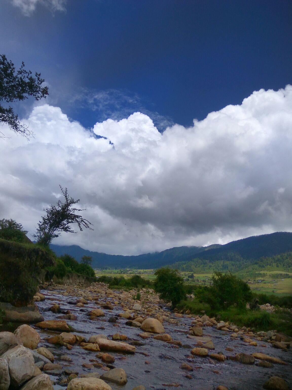 Photo of Phobjikha Valley By riya kayal