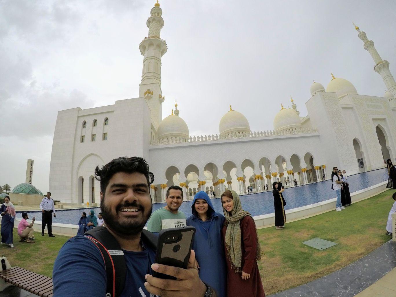 Photo of Grand Mosque South Gate Abu Dhabi - Abu Dhabi - United Arab Emirates By Elton D'souza