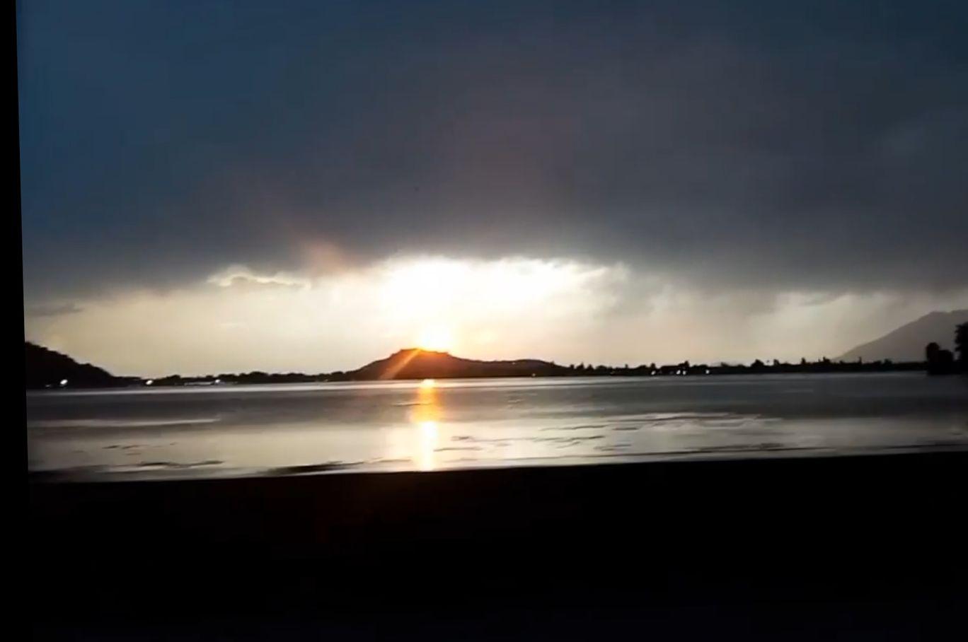 Photo of Dal Lake By Ensha Hafiz