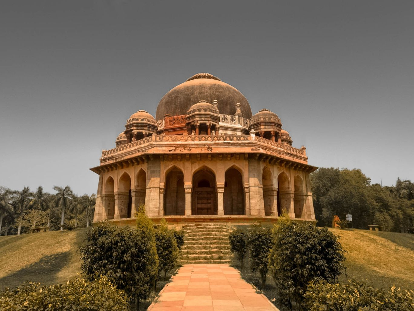 Photo of Muhammad Shah Sayyid Tomb By Biswajeet Panda