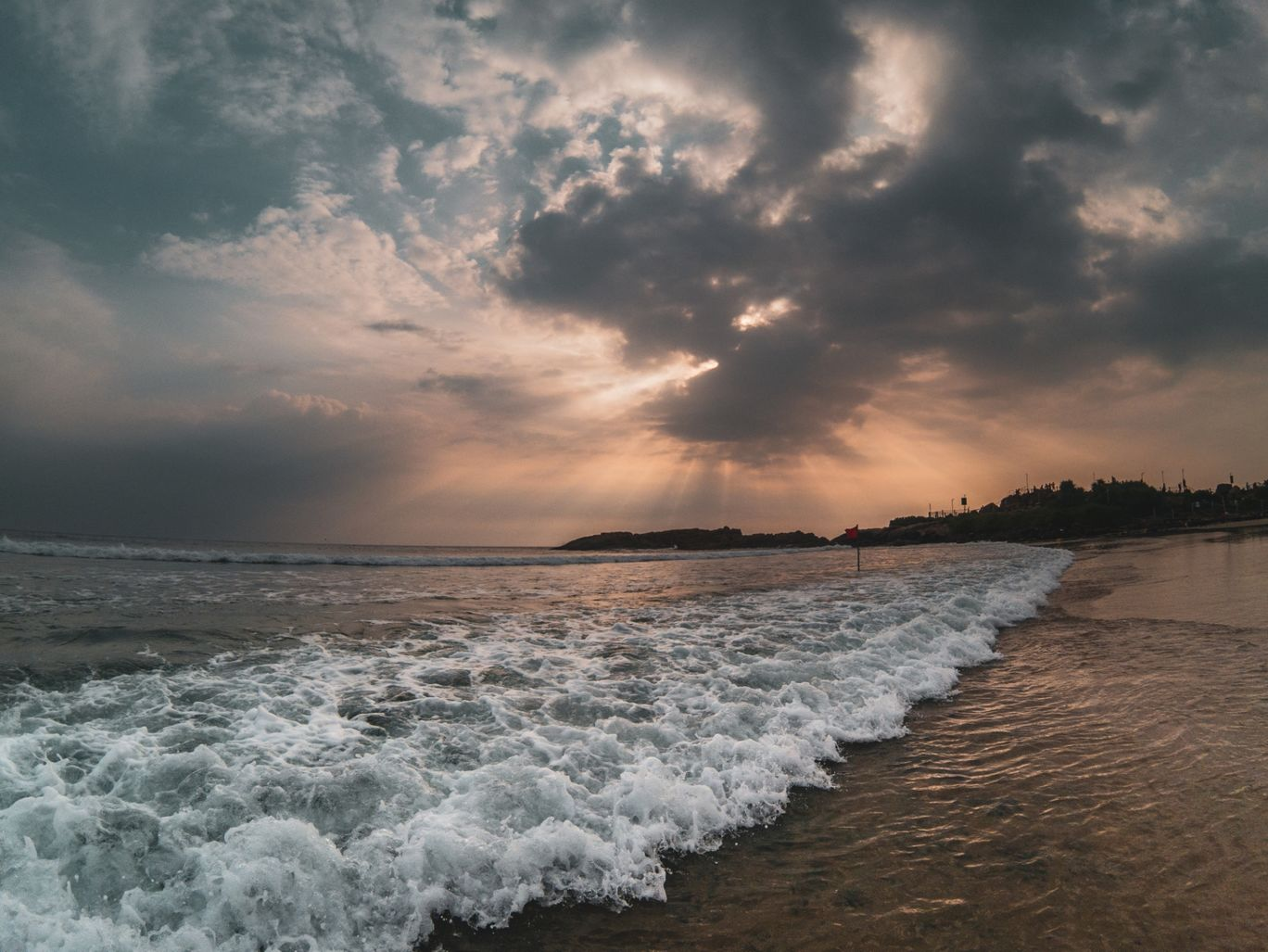 Photo of Kovalam By Akshay Aghera