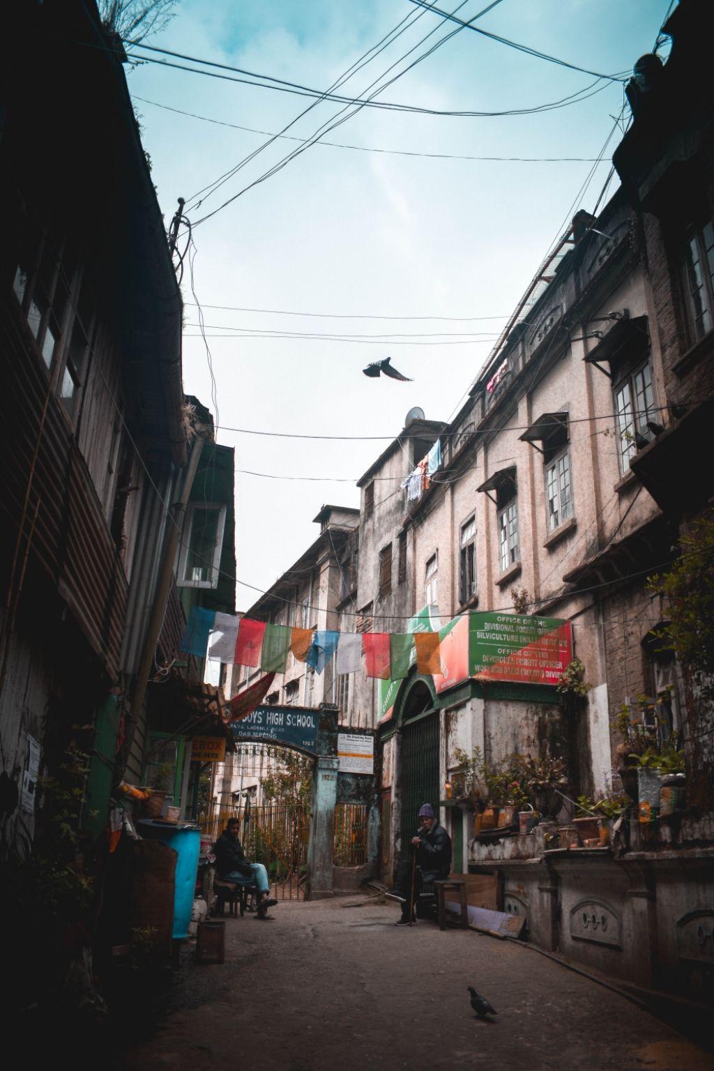 Photo of Darjeeling Mall By Sourav Chaki
