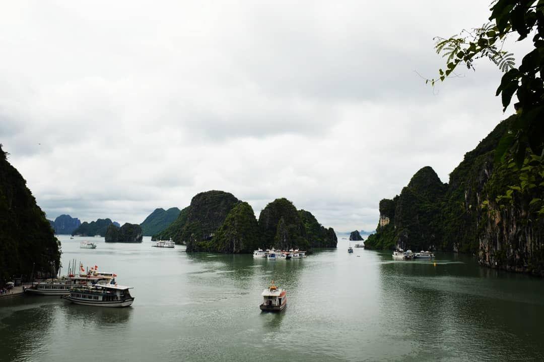 Photo of Halong Bay Vietnam By bony sunny