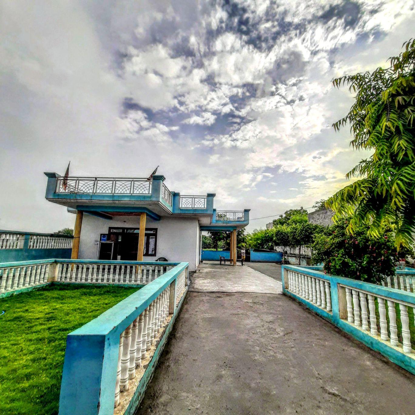 Photo of Greater Noida By Mourish Gurjar