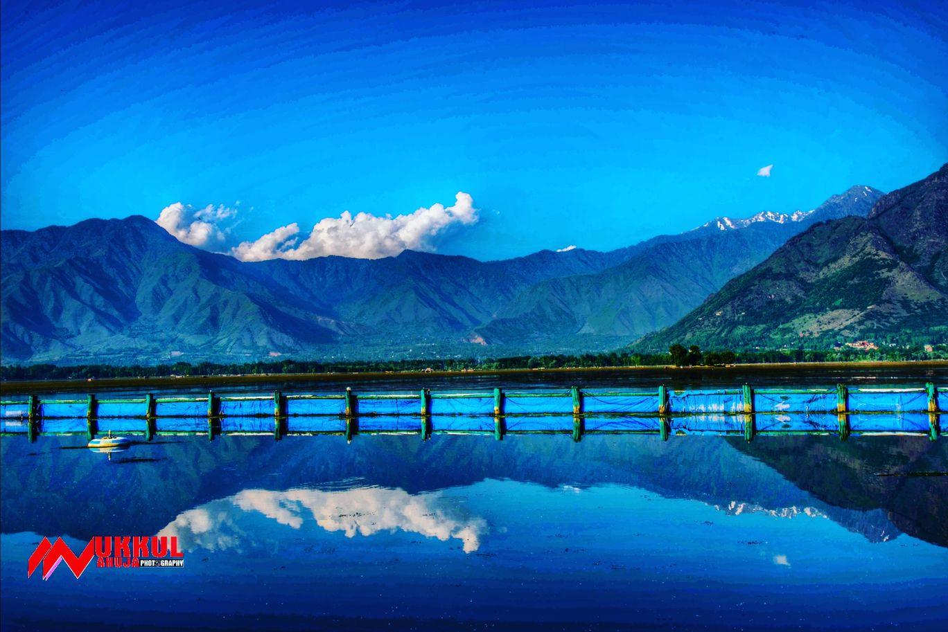 Photo of Dal Lake By Mukkul Ahuja