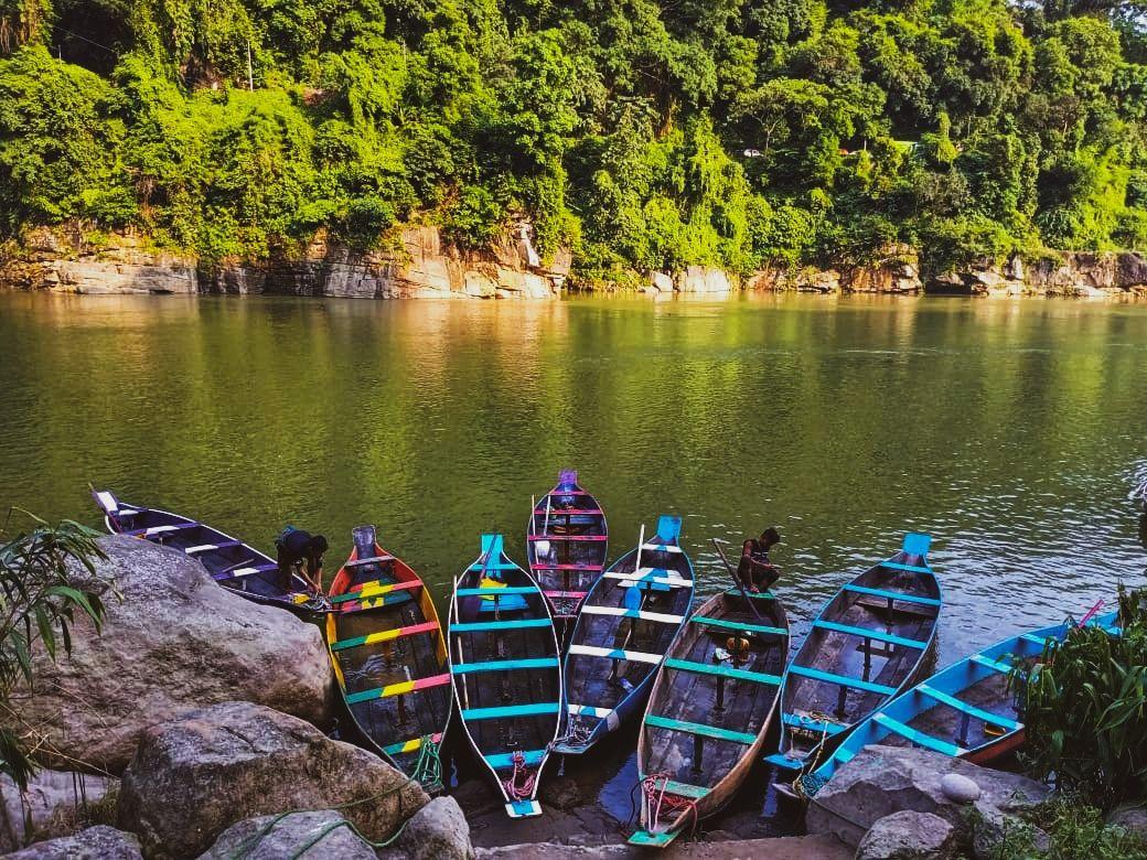 Photo of Dawki River By Shivangi Gupta