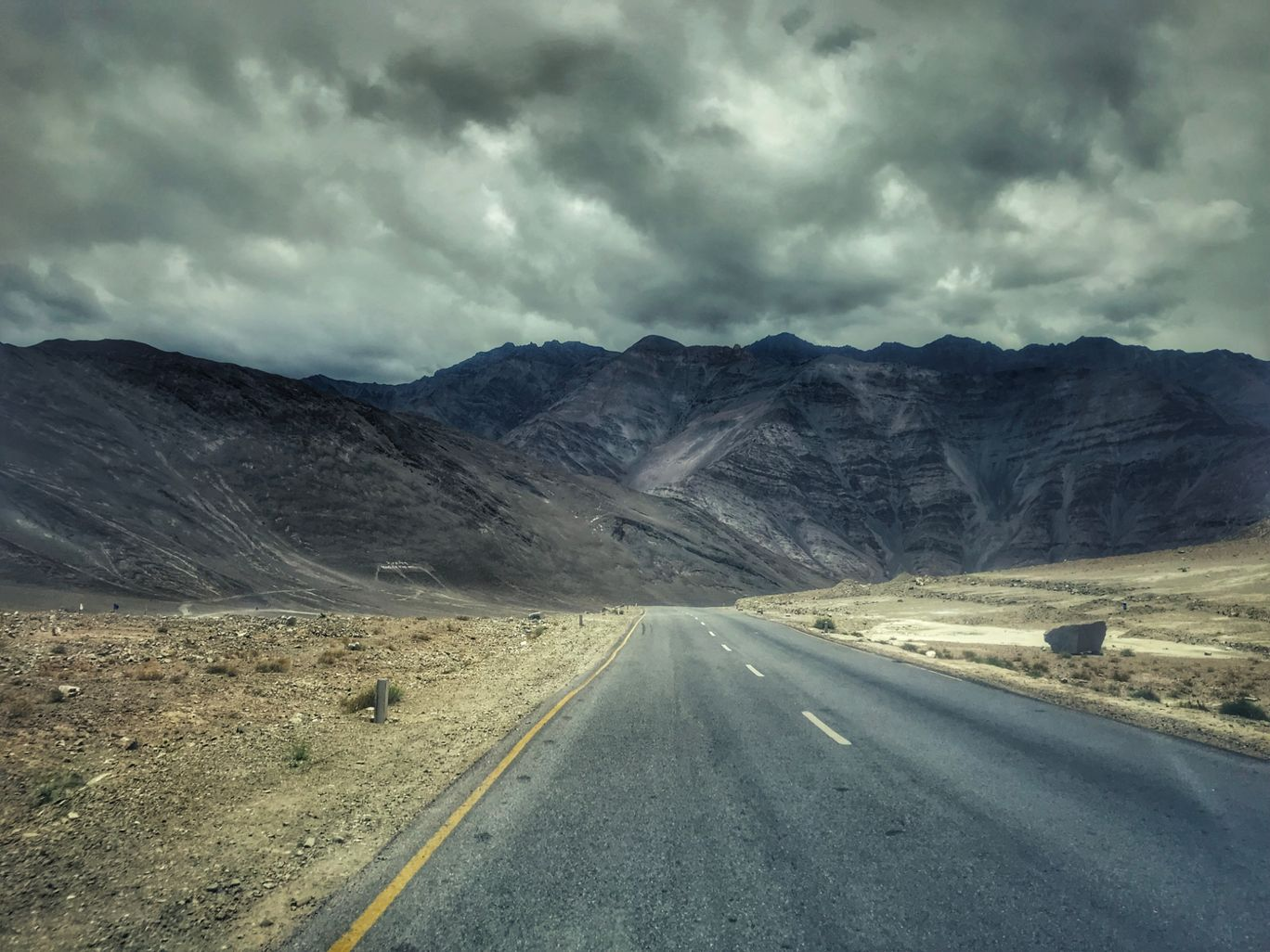 Photo of Leh Manali Highway By Krishnendu Gupta