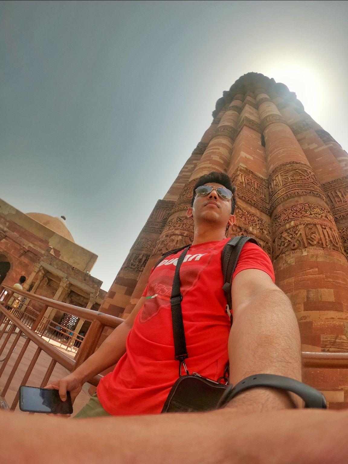 Photo of Qutub Minar By AKASH SINGH