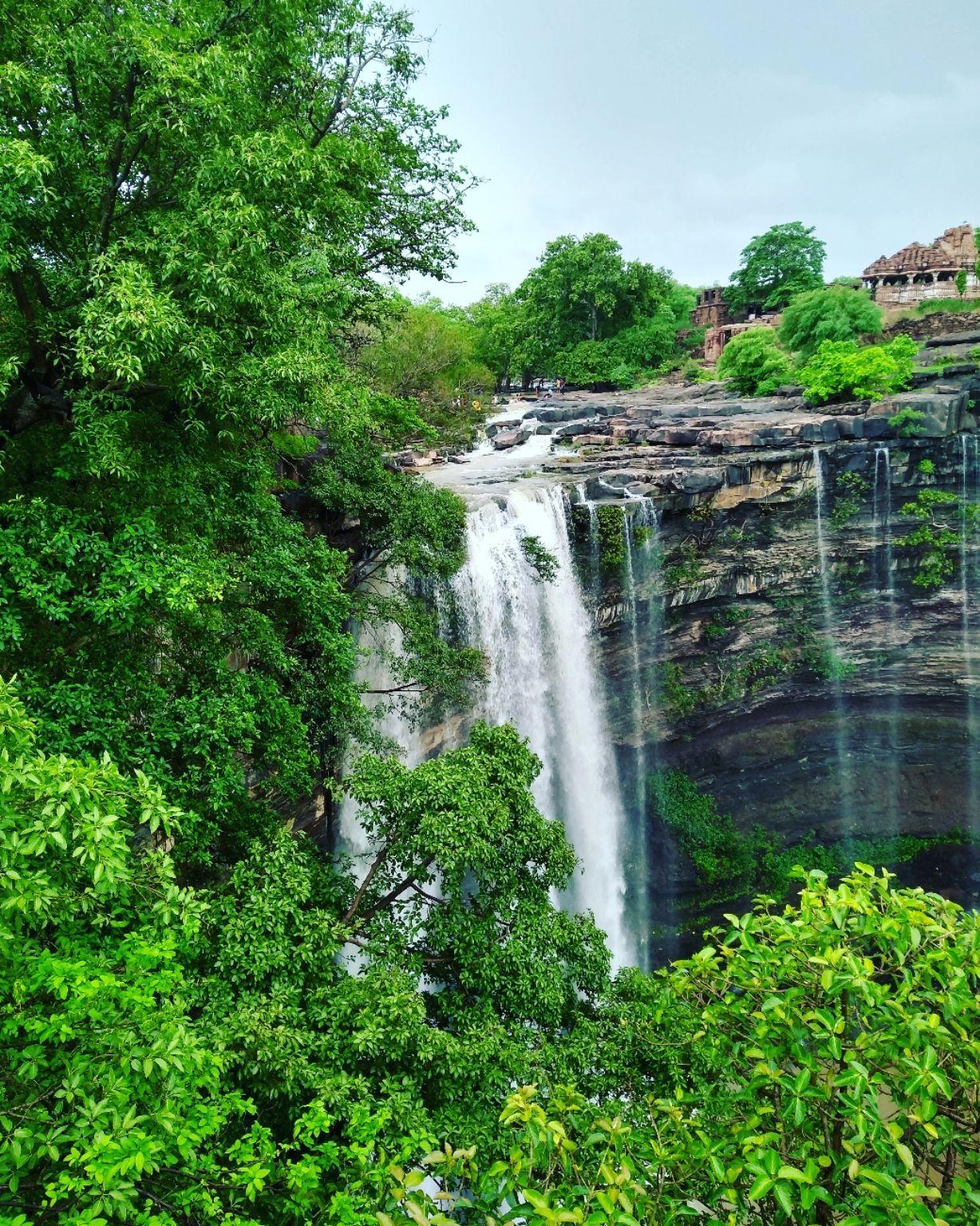 Photo of Menal Water Fall By Nikhil Vaidya
