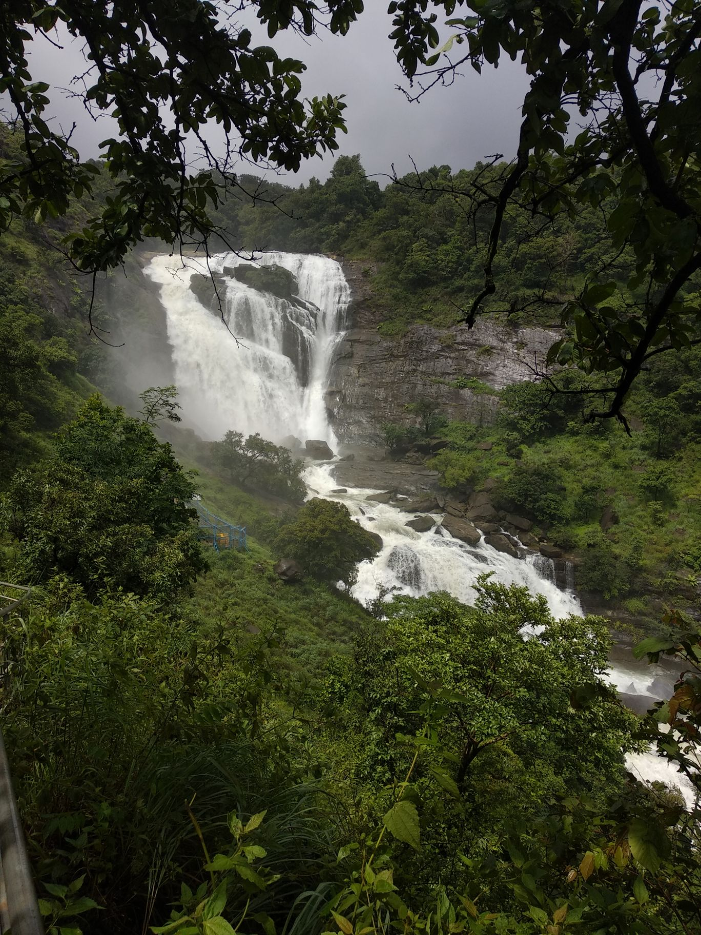 Photo of Mallalli Waterfalls By prajwal r suvarna