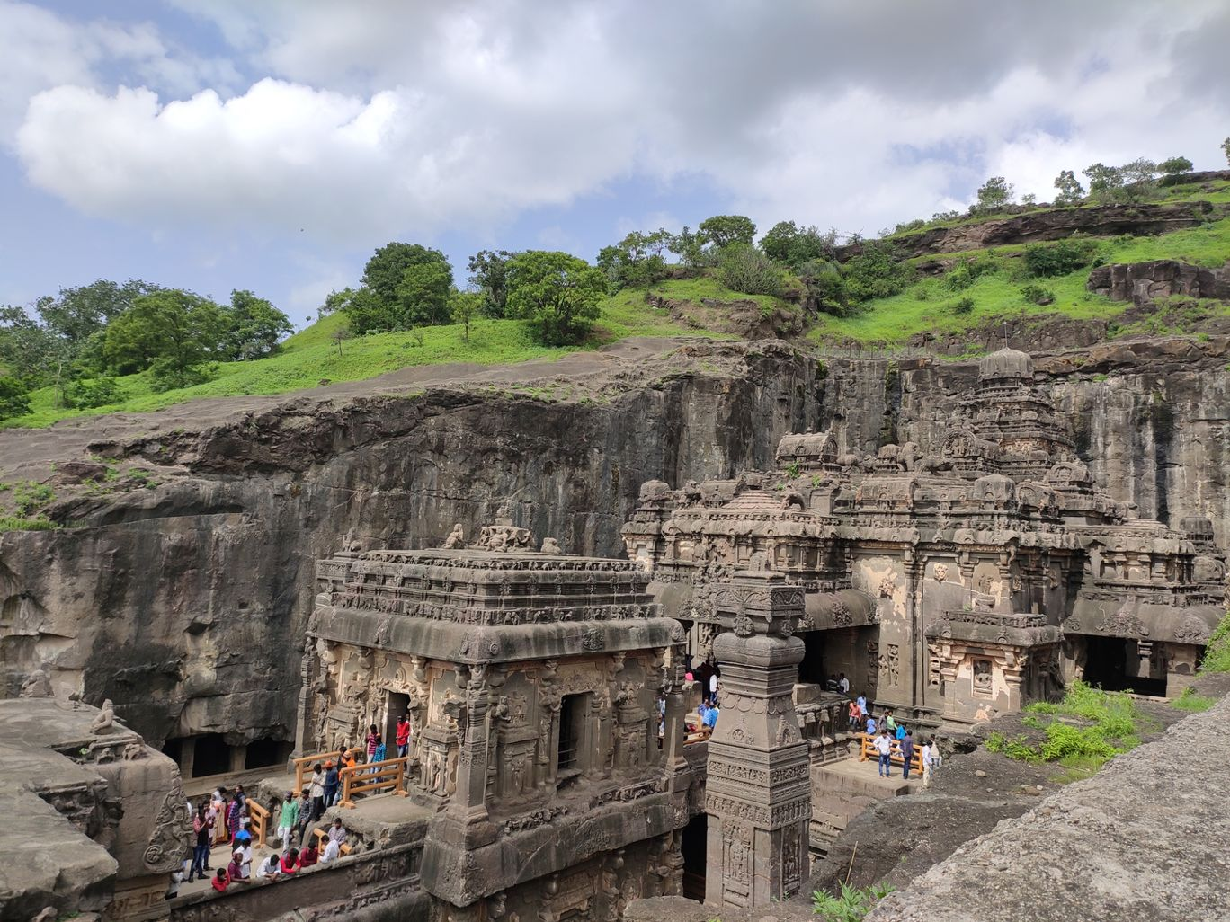 Photo of Ellora Cave Road By yash pawar