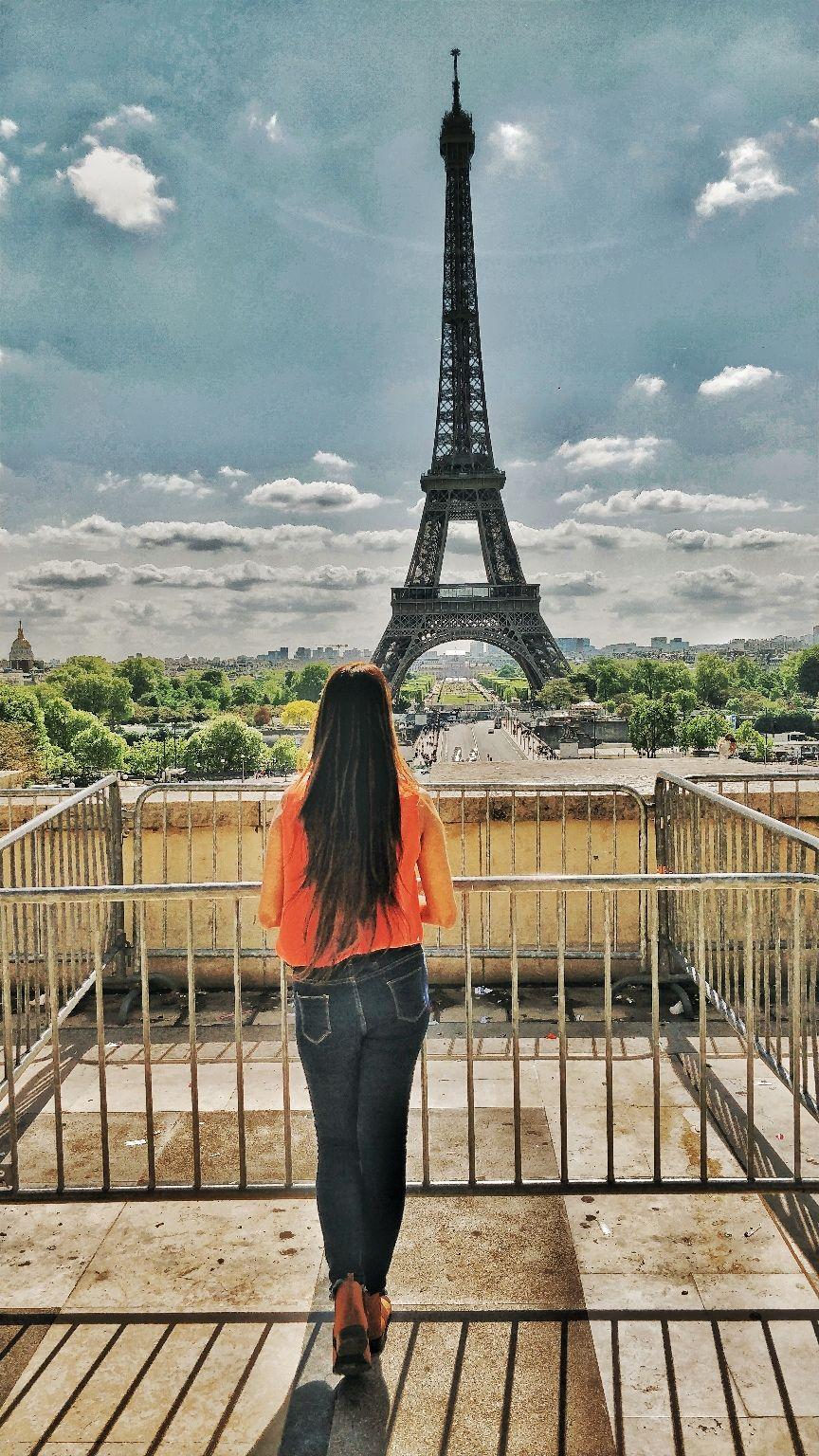 Photo of Paris By Charmi Patel