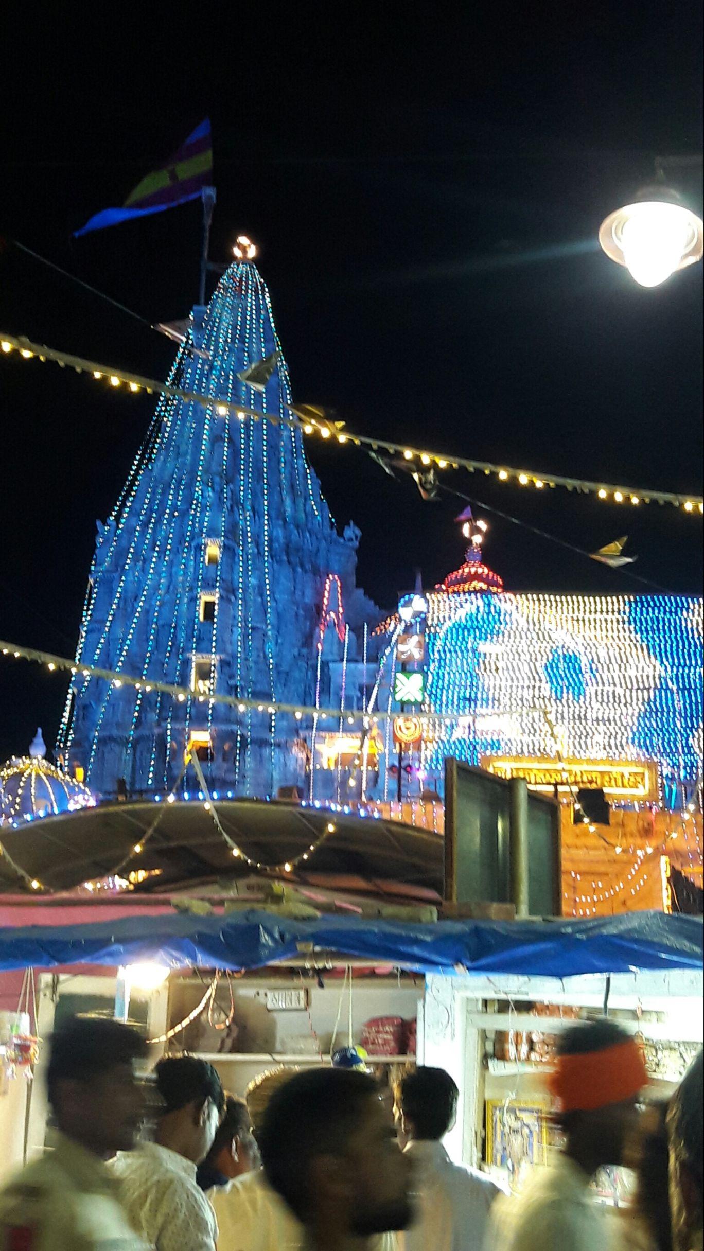 Photo of Shree Dwarkadhish Temple By Bhautik Nakum
