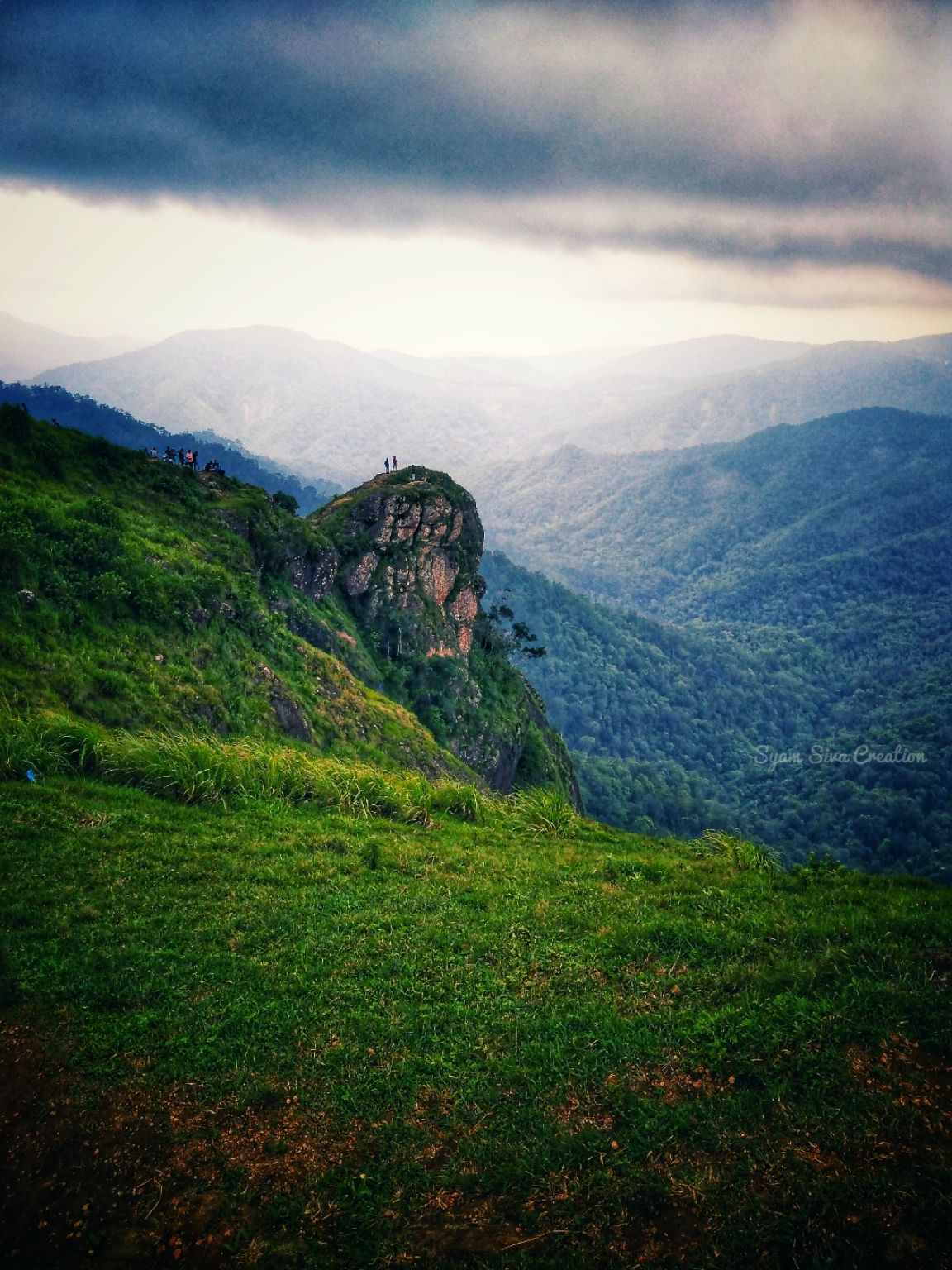 Photo of Parunthumpara Hill View Point By Syam Siva