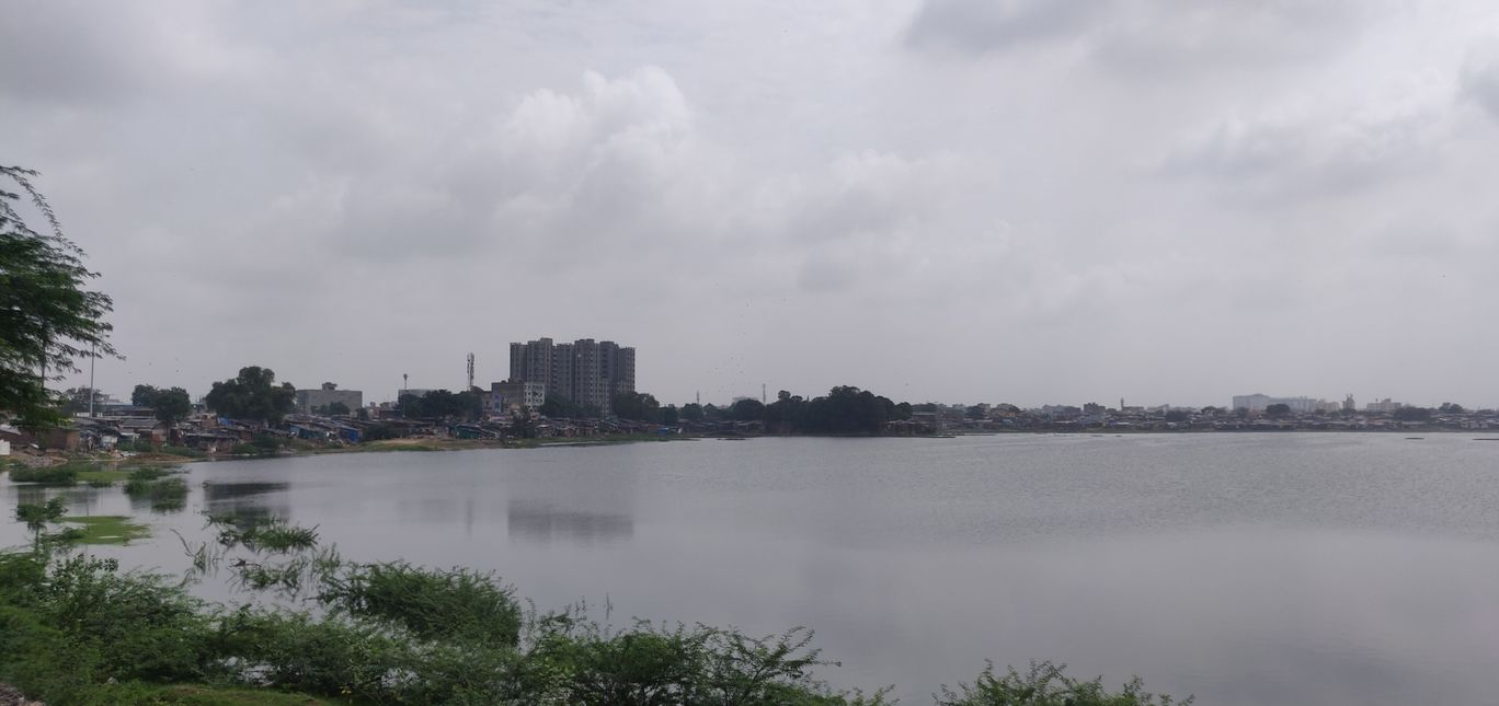 Photo of Chandola Lake By Nihar Dave