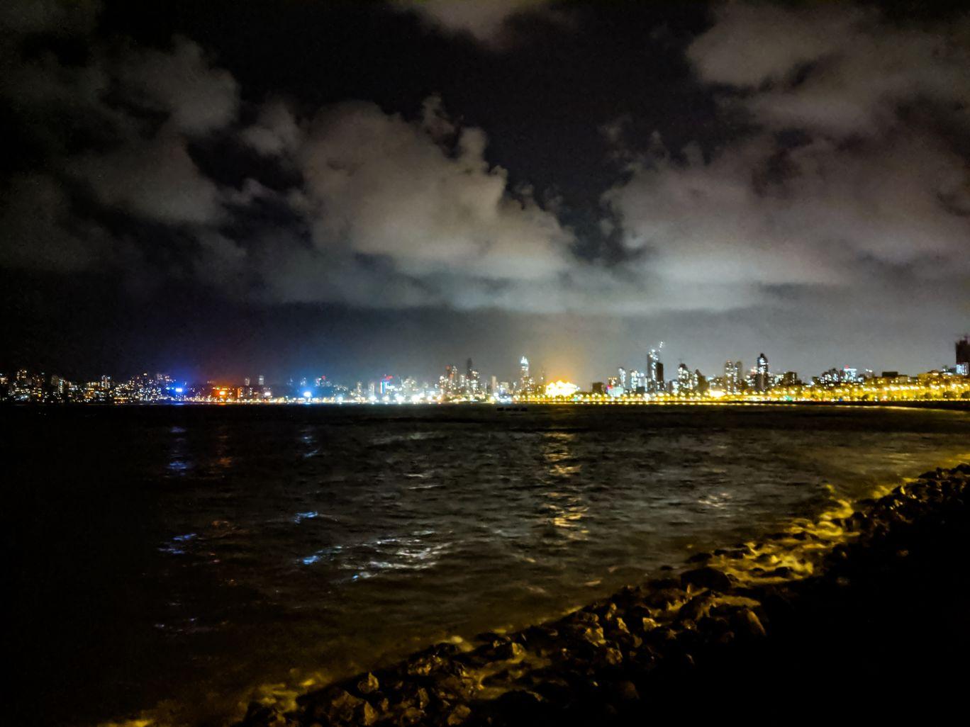 Photo of Marine Drive By Nivedita Tanna
