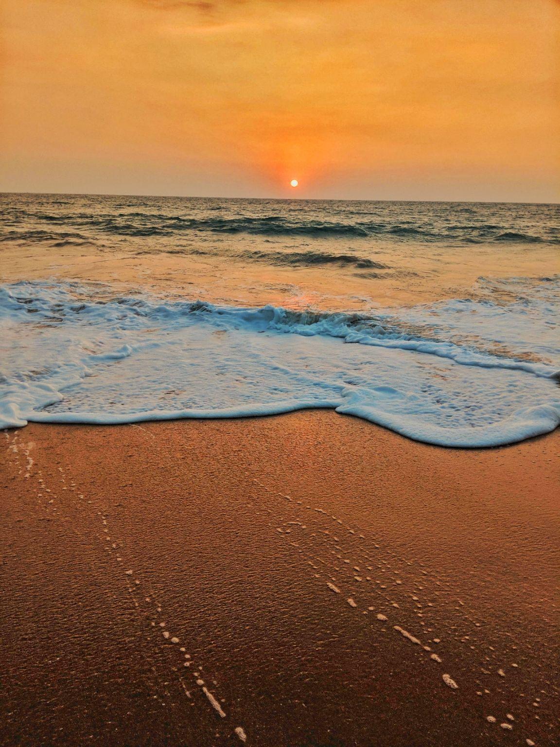 Photo of Bentota Beach By Amita Kota
