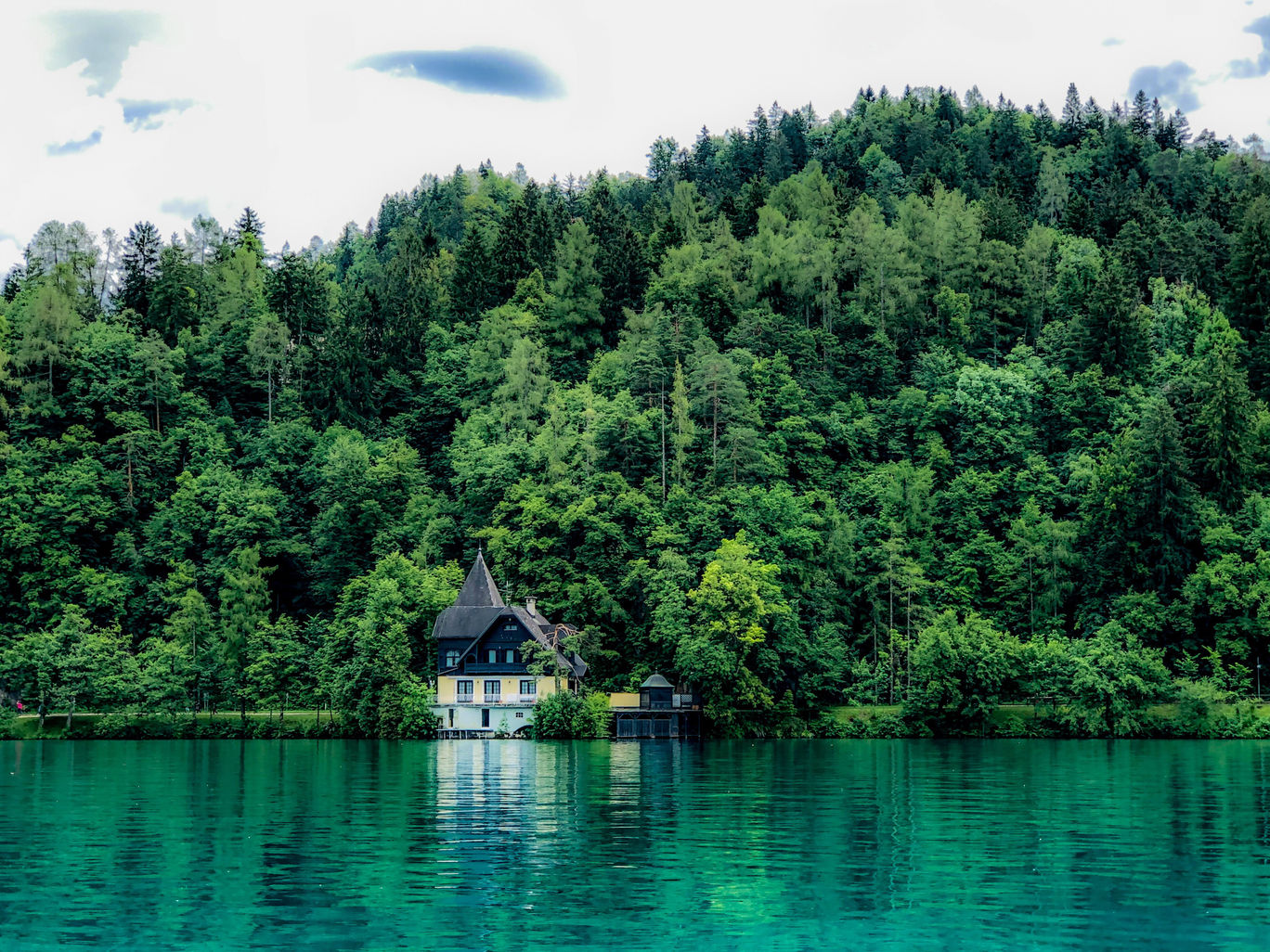 Photo of Trip to lake bled in Slovenia ????????. Eurotrip 2019 #SelfieWithAView #TripotoCommunity #lakebled By Shardul Shah