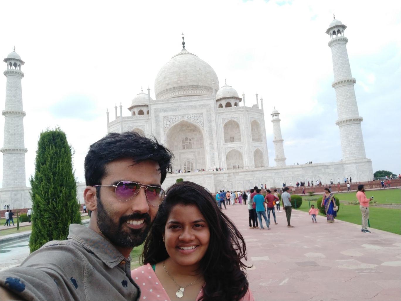 Photo of Taj Mahal By dipesh diwan