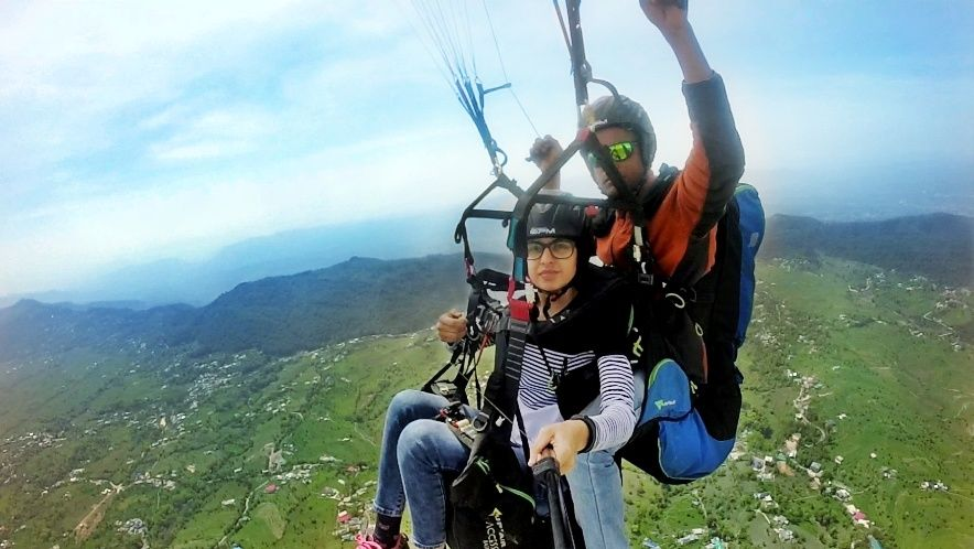 Photo of Bir Billing Paragliding By Neha Dhiman