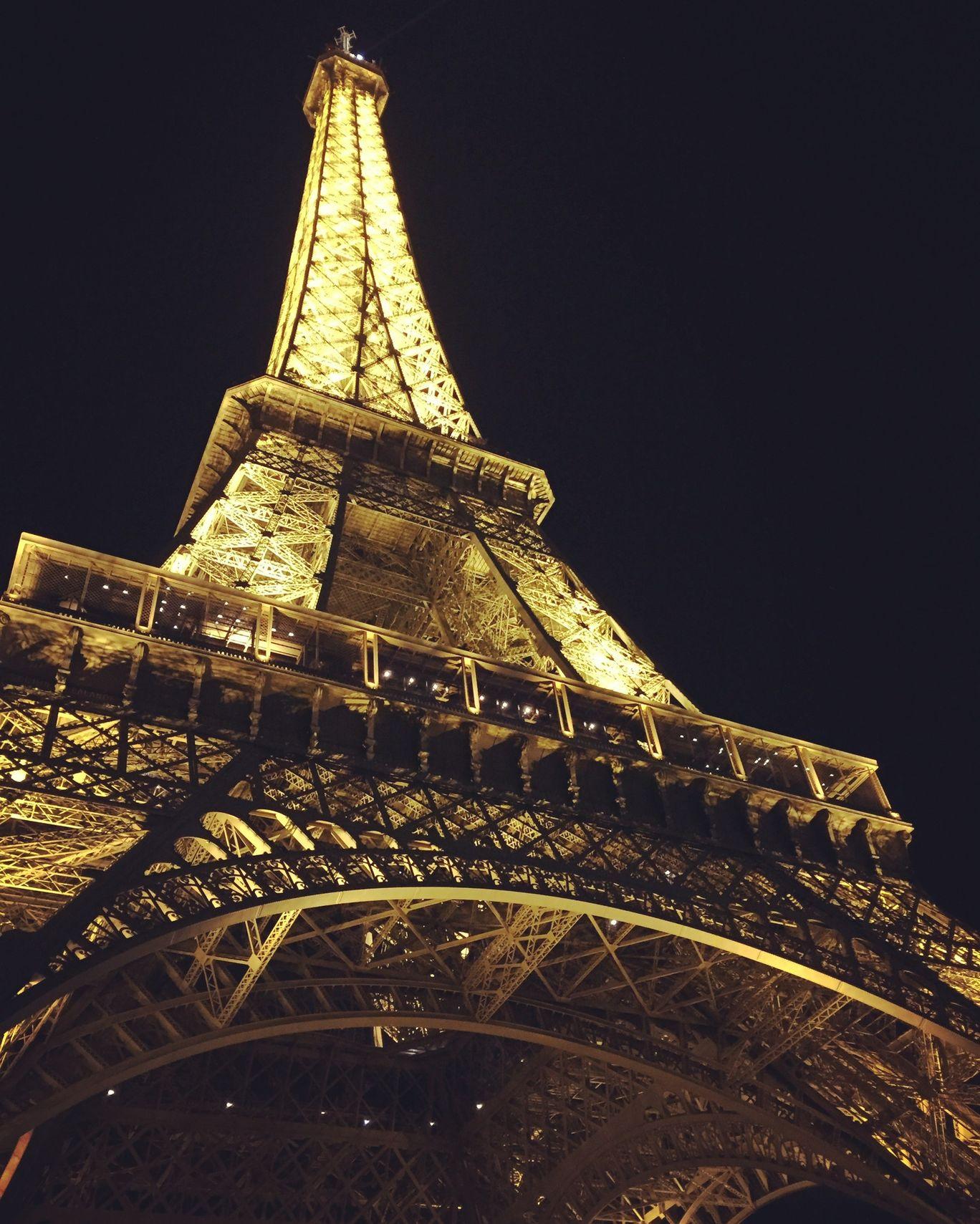 Photo of Eiffel Tower By Rahul Agarwal