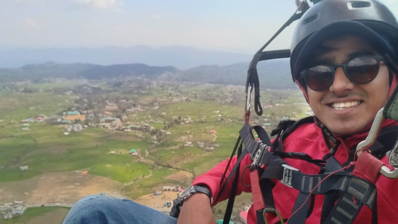Photo of Bir Billing Paragliding By Aman Jain