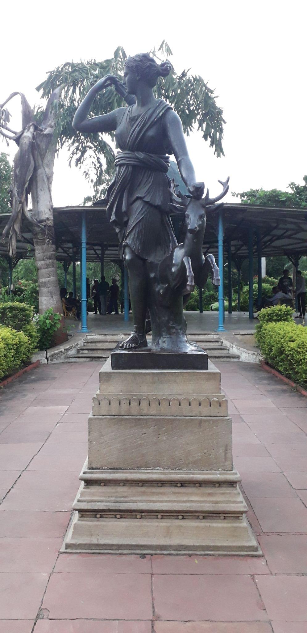 Photo of Sayaji Baug By ritesh gohil