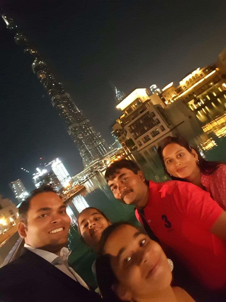 Photo of Burj Khalifa Lake - Dubai - United Arab Emirates By Hetvi Shah