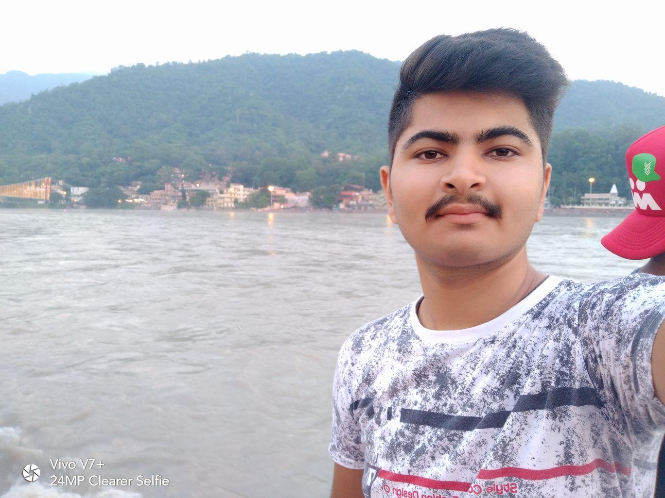 Photo of Rishikesh By Chander Bharwani