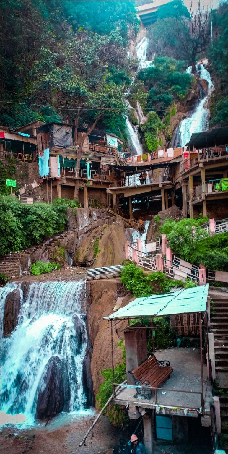 Photo of Kempty Falls By Aman Prasad