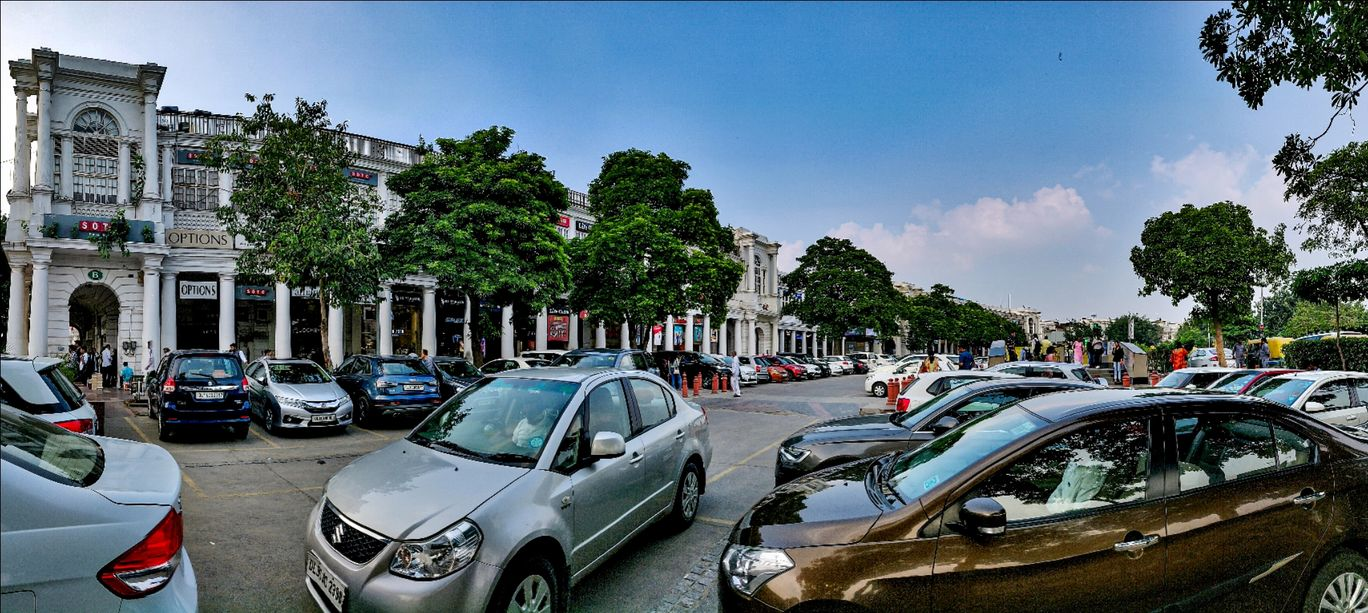 Photo of Connaught Place By Saurav