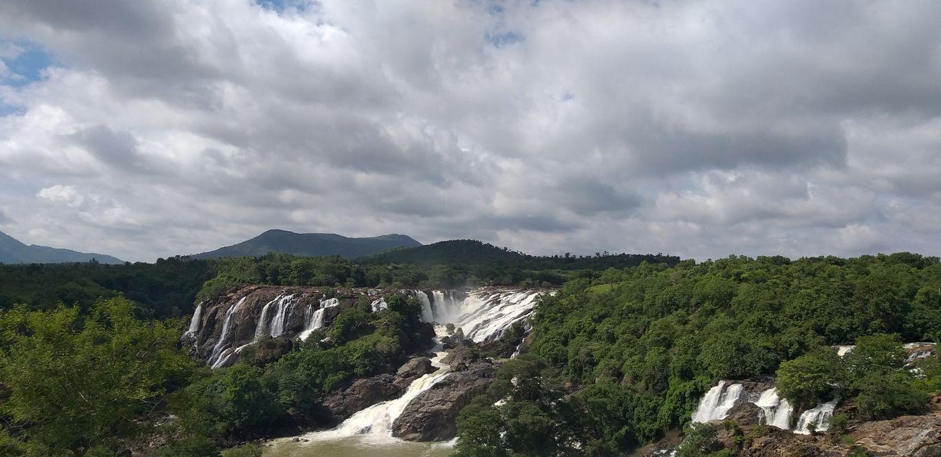Photo of Barachukki Waterfalls By Shyam Manohar