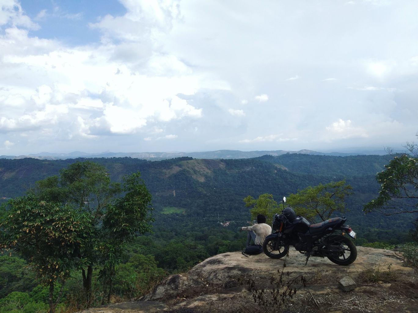 Photo of Chokramudi Peak By Vishnu Satheesan