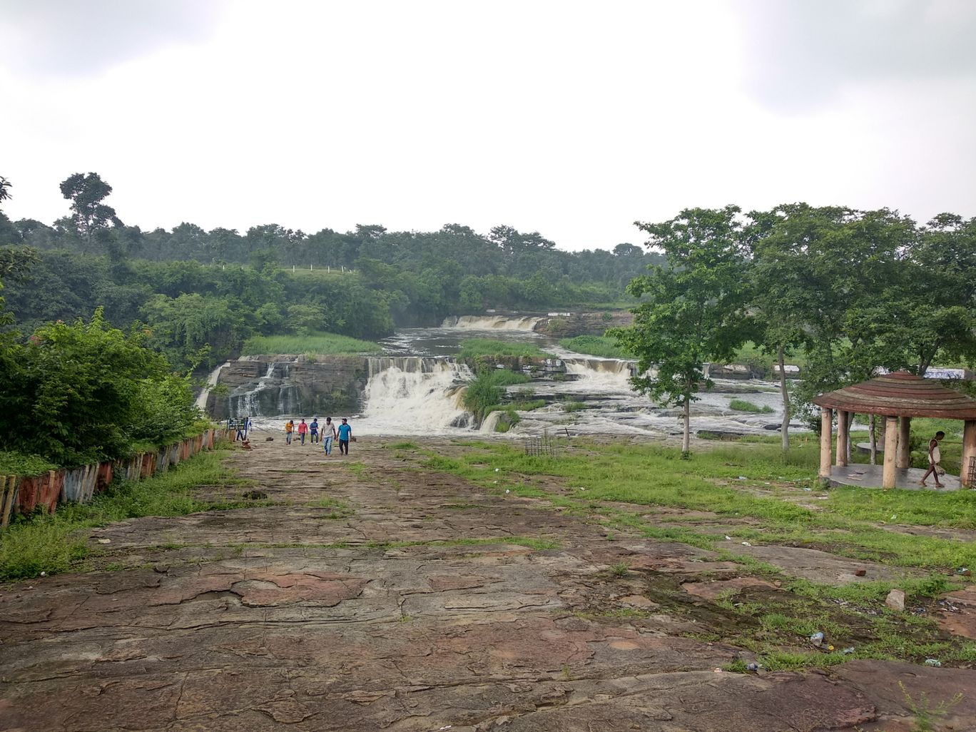 Photo of Bhatinda waterfalls By Tushar Ghosh