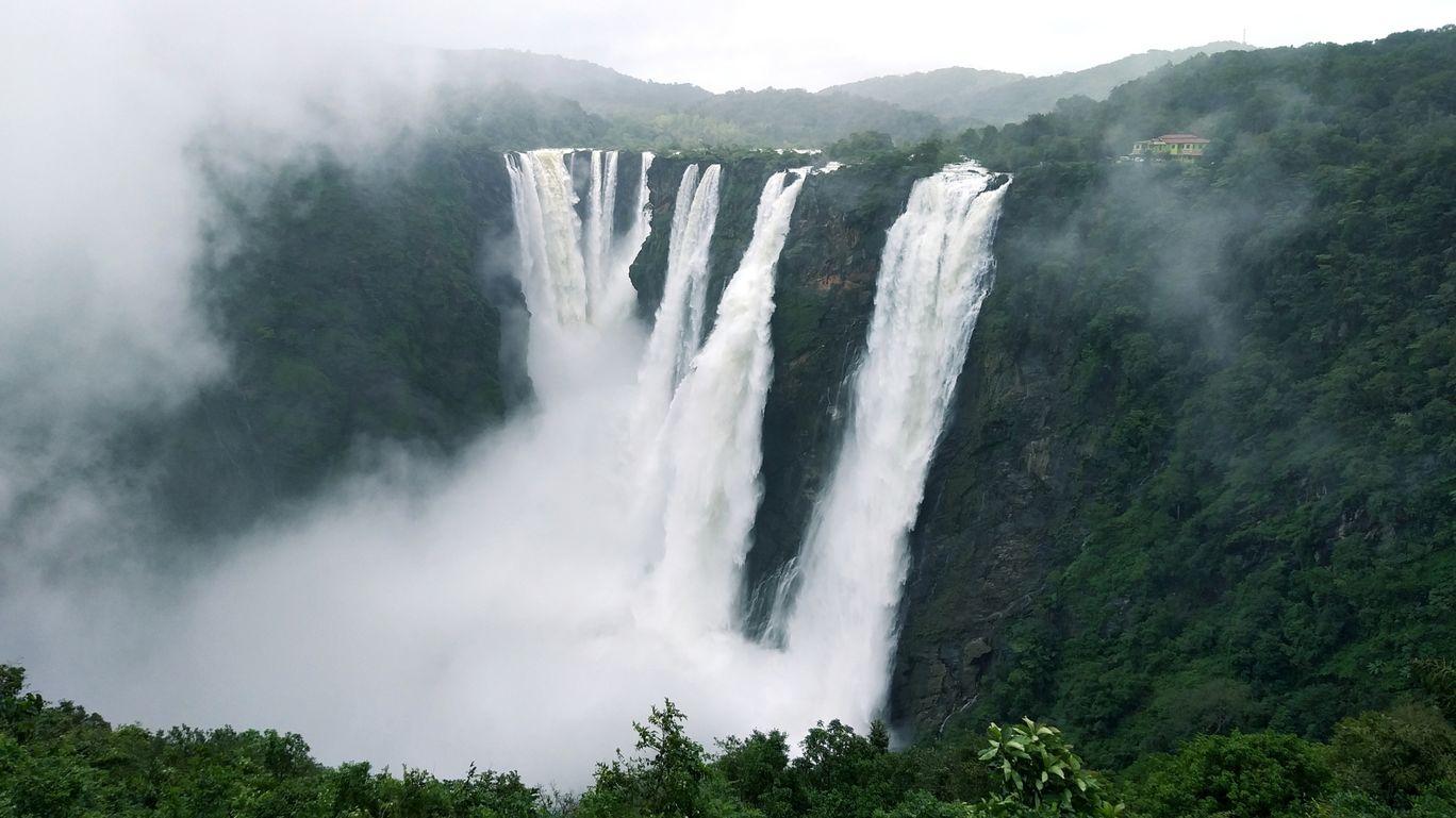 Photo of Jog Falls By Ajay Rao C R