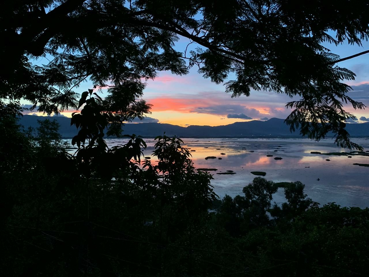Photo of Loktak Lake By Mintu Nath