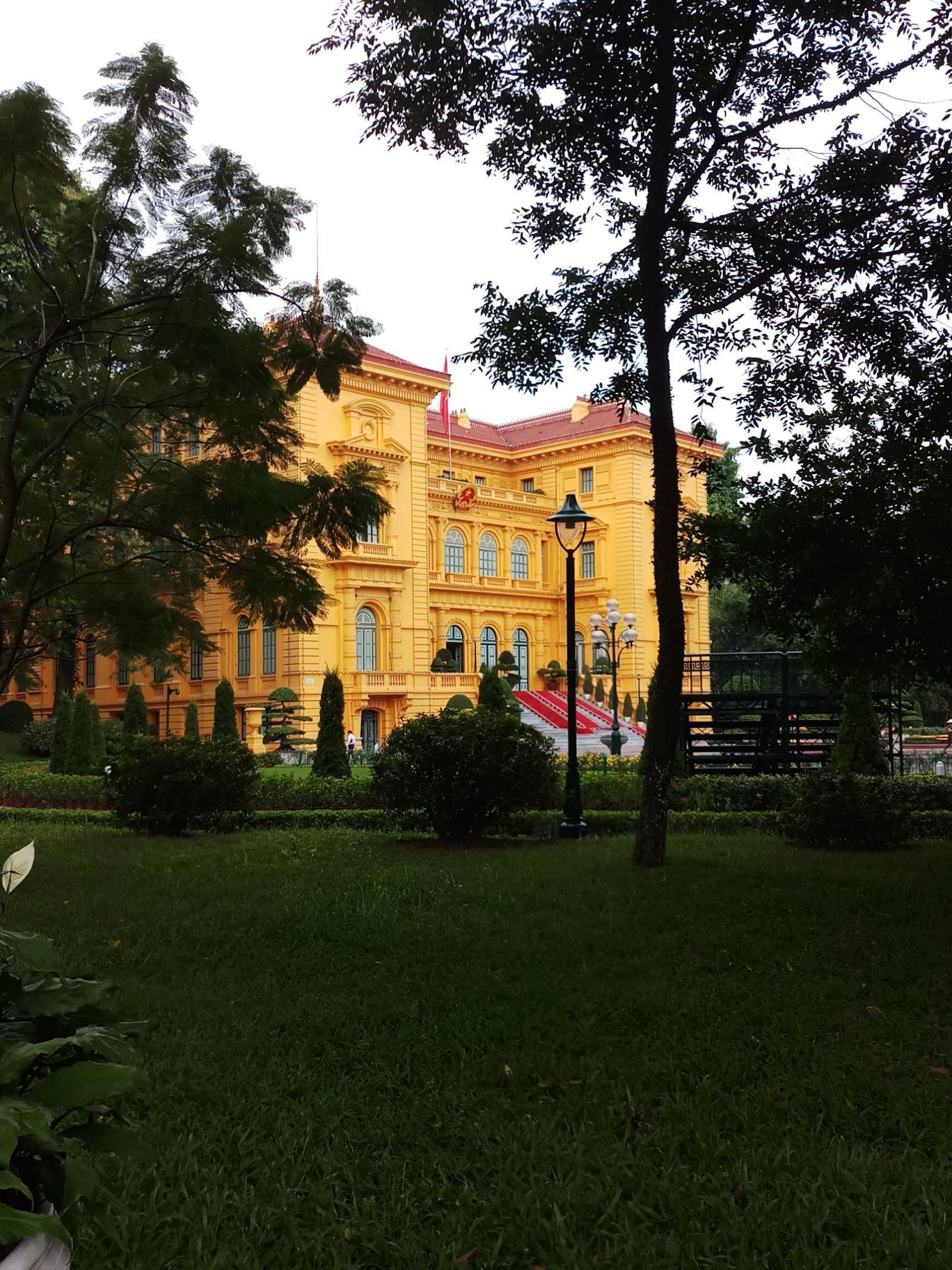 Photo of Presidential Palace By Bitesoftravelbug