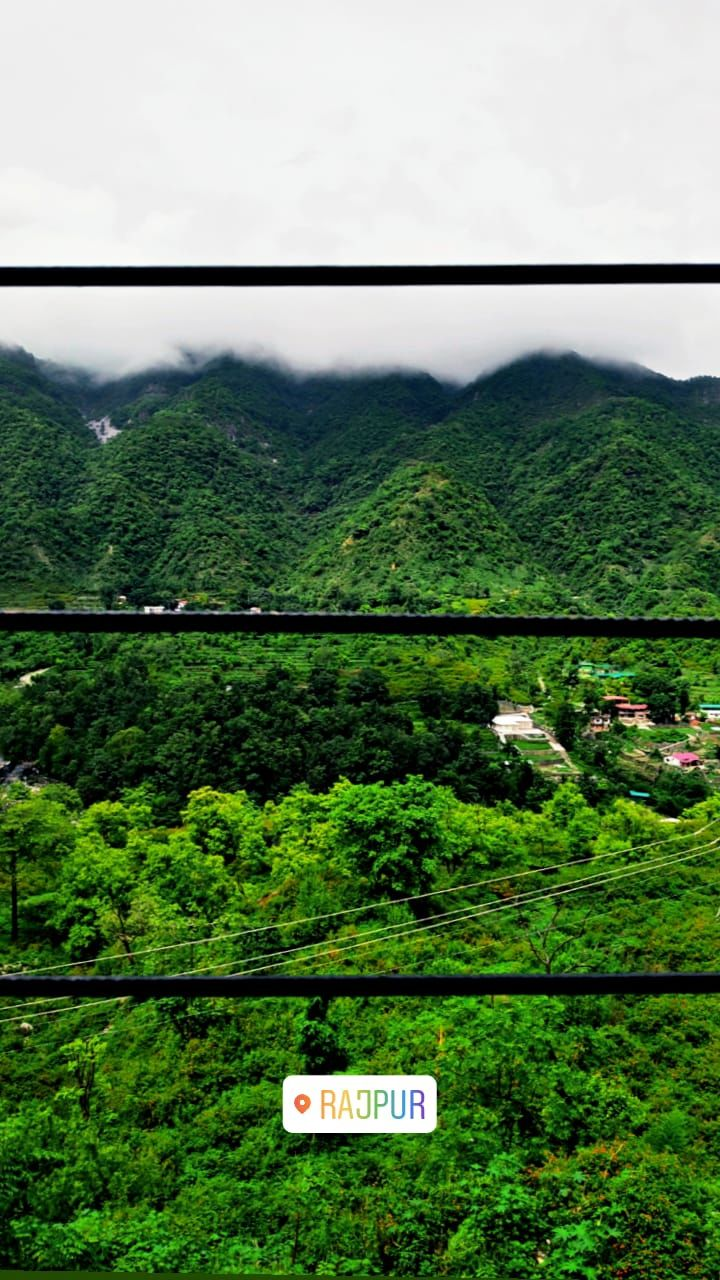 Photo of Old Mussoorie Road By Vijit Mahar