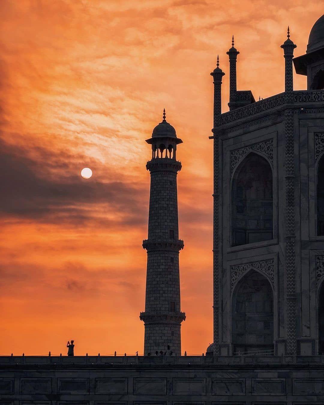 Photo of Gateway To India By Kolkata View